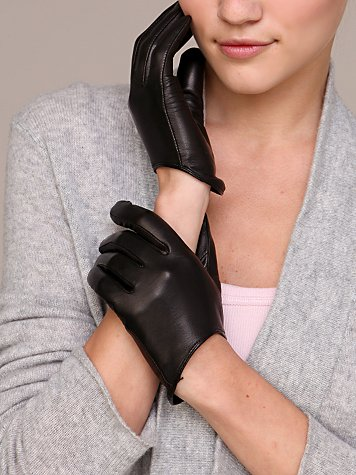 Low Scoop Leather Glove
