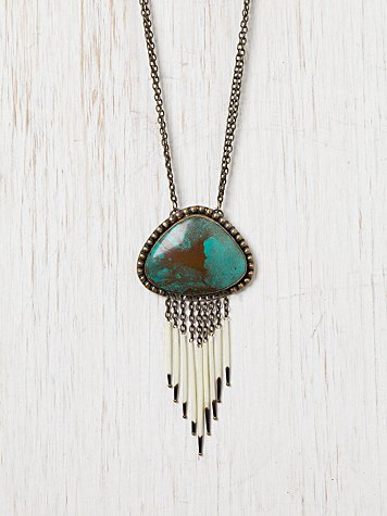 Isis Breeze Necklace