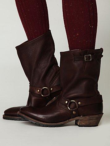Eli Harness Boot