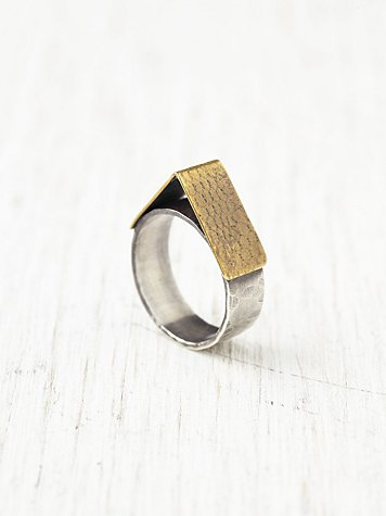Fairfax Ring Brass