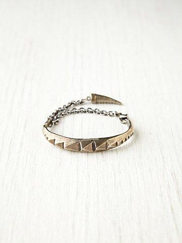 Ridged Chain Cuff