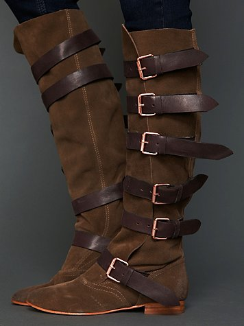 Titan Buckle Boot