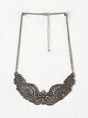 Ornate Etched Collar