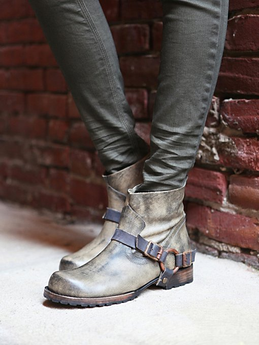 Donovan Ankle Boot