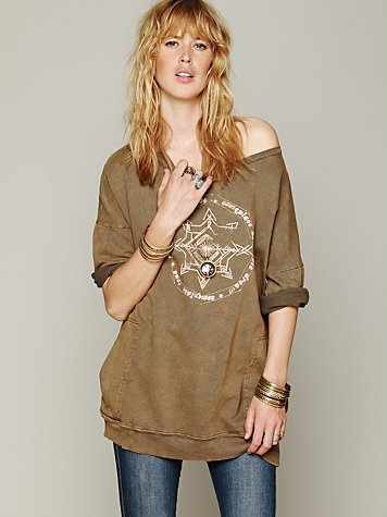 Graphic Rolled Sleeve Pullover