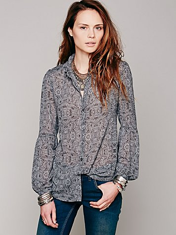 Etched Floral Buttondown