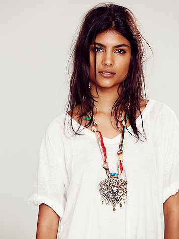 Amour Silk Necklace