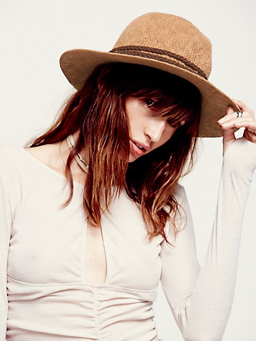 Mandy Knubby Hat