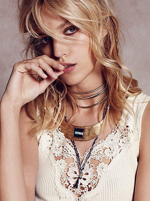 Indah Collar