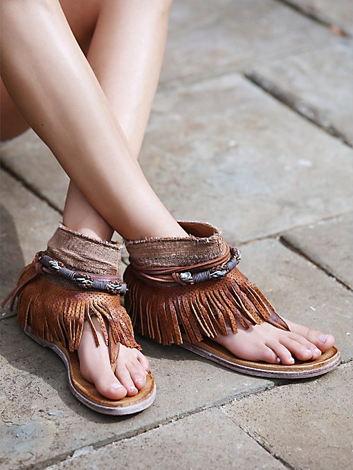 Wonder Land Fringe Sandal