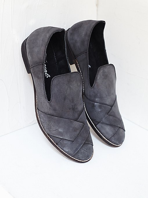 Sitar Loafer