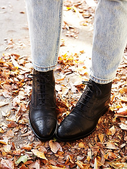 Gateway Lace Ankle Boot