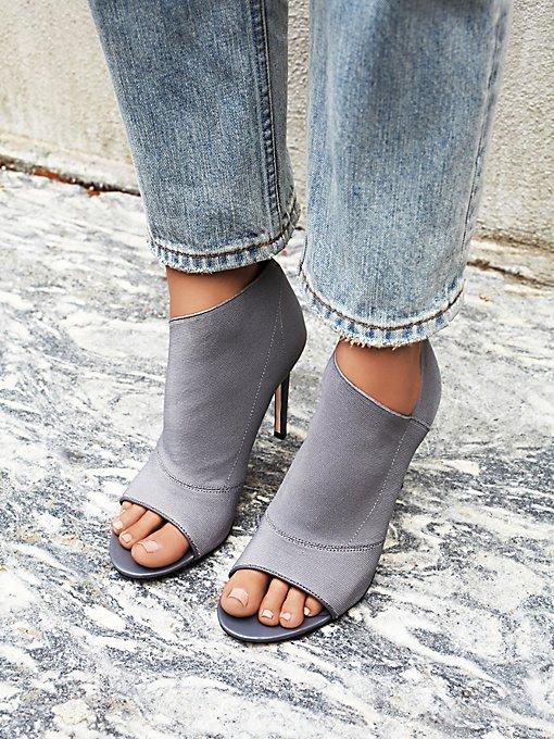 Lefthook Heel