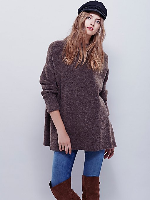 Winding Ivy Pullover