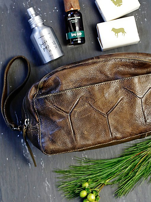 Vera Leather Toiletry Bag