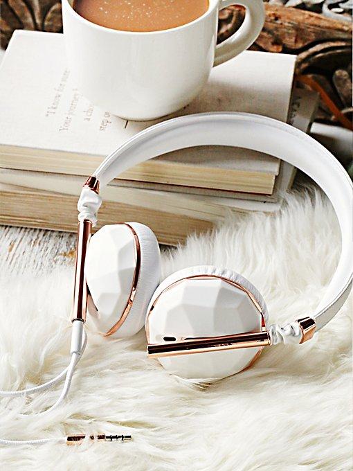 Linea Vegan Headphones